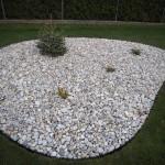 Ostrůvek z kamínků